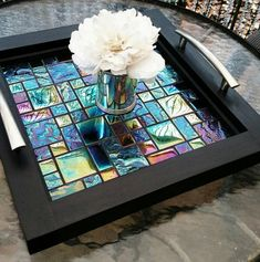 Cd Crafts, Tile Crafts, Resin Crafts, Mosaic Tray, Glass Mosaic Tiles, Cd Mosaic, Leftover Tile, Serving Tray Decor, Ottoman Tray