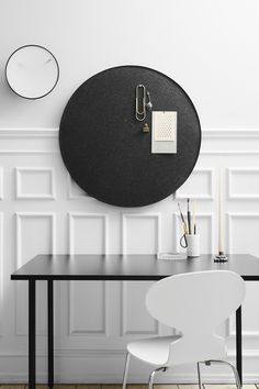 Momentt wall clock and Retell pinboard Sound Absorbing, Office Environment, Architect House, Cool Pins, Retelling, Best Memories, Cool Stuff, Clock, Board