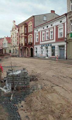 Prace rewitalizacyjne w Gniewie.  #Gniew #ulpiłsudskiego #gminagniew #opanujgniew #Kociewie #pomorze #pomorskie #Pomerania #polska #Poland #rewitalizacja