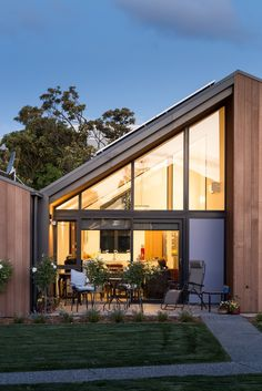 Warren and Mahoney Design a Lovely 12-Home Community in Christchurch, New Zealand