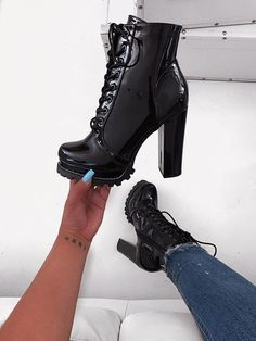 Ladies Short Boots Leather Boots Snow Boots Cheap Cowboy Boots Womens Ankle Boots Best Waterproof Boots For Women Boots For Short Women, Cowboy Boots Women, Short Boots, Pretty Shoes, Cute Shoes, Best Waterproof Boots, Heeled Boots, Bootie Boots, Botas Sexy