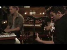 ▶ Oceans (Where Feet May Fail) - Acoustic [Hillsong UNITED] - YouTube