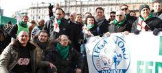 La sua sfida al leader trova subito il consenso di esponenti come Pasetti e Gelati. Dara e Bottari con Salvini. Boni: al di là dell'uomo, mi riconosco nell'idea nordista