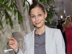 """""""Darm mit Charme"""" liegt vorn: 1 Mio. verkaufte Exemplare! Glückwunsch, Giulia Enders!"""