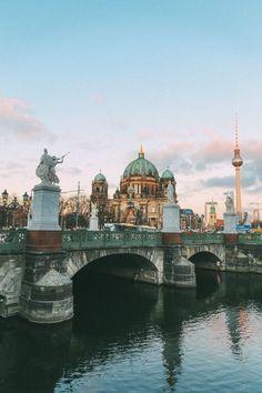 German Christmas Market In Berlin, Germany Germany Travel सूचना के लिए हमारी साइट पर पहुंचें Visit Germany, Berlin Germany, Munich, Berlin Travel, Germany Travel, Places To Travel, Travel Destinations, Places To Visit, Travel Tips