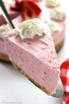Strawberry Cheesecake For This Quick Recipe Start With A Graham Cracker Crust Fill With