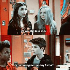 Riley And Farkle, Farkle Minkus, Cory Matthews, Funny Pictures Can't Stop Laughing, Grey Anatomy Quotes, World Quotes, Funny Internet Memes, Rowan Blanchard, Disney Shows