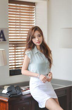 Beautiful Girl Image, Beautiful Asian Women, Good Looking Women, Asia Girl, Cute Asian Girls, Korean Women, Asian Fashion, Asian Woman, Asian Beauty