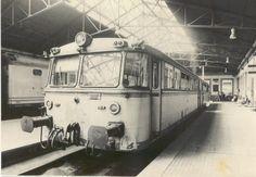 Ferrobús en la antigua estación de Vigo (1963).