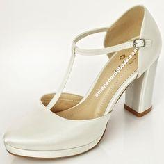 c9217eea Zapatos de novia con tacones anchos muy cómodos. Sapatos para noiva com  saltos altos muito cómodos e elgantes