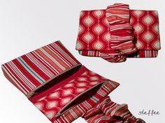 Praktische Kosmetiktasche aus  hochwertigem Baumwollstoff, mit Volumenvlies und Vlieseline verstärkt und ebenfalls mit Baumwollstoff gefüttert.    ...