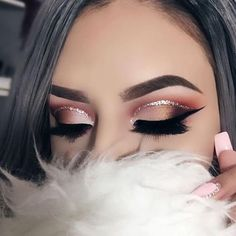 "21.8k Likes, 37 Comments - BretmanRock Makeup Page (@bretmansvanity) on Instagram: ""@belleza_xojess wow this eye look is amazing ✨✨✨- M"""
