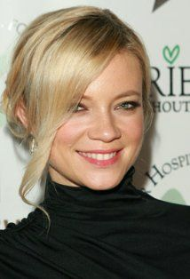 Amy Smart she's a doll and those eyes. i wish i looked like her.