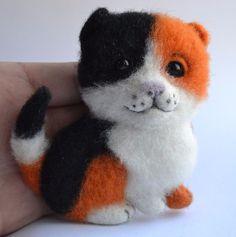 Neede Felted Brooch Cat Stuffed Handmade Artist Wool Miniature Animals 4in #Handmade