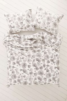 Plum & Bow Floral Duvet Cover - Urban Outfitters