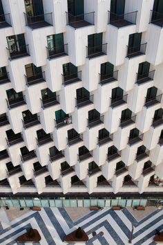 Hundreds of cubes front this Gangnam housing block.