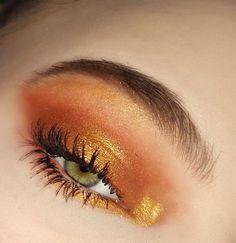 Golden copper eye makeup #eyemakeup