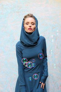 Baumwoll-Ballonkleid mit Kapuze/Hoodie in Blau von ManduTrap