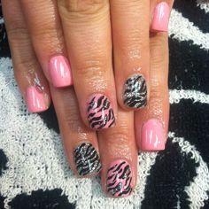 Zebra acrylic nails! Follow me on ig at @Adris_Nails :)