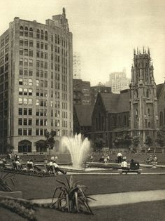 A City Square at St. Louis 13th & Locust. Shell Building on left,