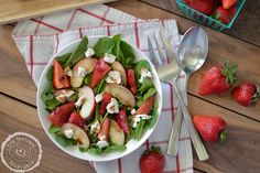Peach and Strawberry Arugula Salad with Goat Cheese and Honey Balasmic dressing — The Natural Nurturer