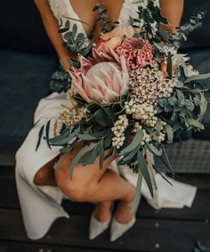 Amelia Waddell from Moonstruck Bride goes Behind the Door with As Daisy Does - a florist in Newtown, Geelong changing up the industry! Protea Wedding, Flower Bouquet Wedding, Floral Wedding, Blush Wedding Flowers, Wedding Up Do, Wedding Ideas, Dream Wedding, Protea Bouquet, Boquet