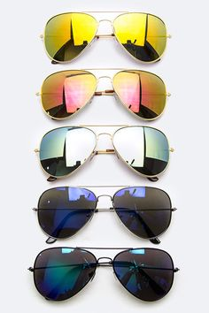 adb2cb3e1ba3 Bundle of mirrored aviator sunglasses Brand new retail item! You let me  know which colors you d like  ) Boutique Accessories Sunglasses