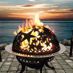 love this fire pit @Paul McLaughlin. Can you make this?