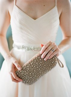 adore this beaded purse  Photography by ktmerry.com