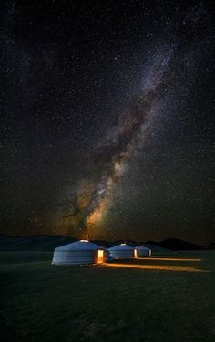 Mongolian Skies (by Leah Kennedy) http://exploretraveler.com http://exploretraveler.net