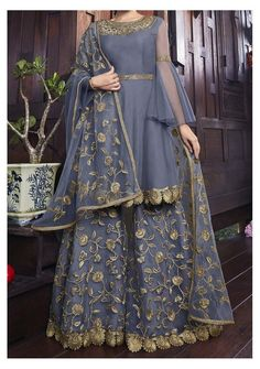 Indian Wedding Guest Dress, Party Wear Indian Dresses, Pakistani Fashion Party Wear, Pakistani Wedding Outfits, Designer Party Wear Dresses, Pakistani Dresses Casual, Indian Gowns Dresses, Dress Indian Style, Indian Fashion Dresses