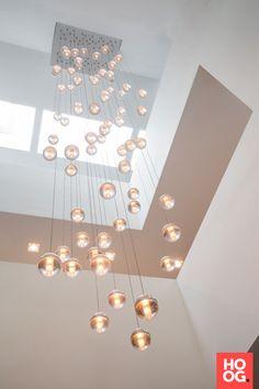 Villa Aan De Beek – Francois Hannes - All For Light İdeas Modern Lamp Shades, Modern Chandelier, Chandelier Lighting, Bubble Chandelier, Chandeliers, High Ceiling Lighting, Hallway Lighting, Ceiling Lights, Luxury Lighting