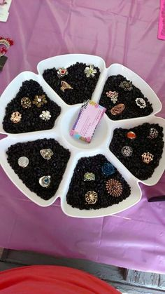 Paparazzi Accessories with Alicia Zeller Accessories Display, Jewellery Display, Paparazzi Accessories, Paparazzi Jewelry, Art And Craft Shows, Arts And Crafts, Paparazzi Display, Paparazzi Fashion, Buisness