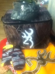 Everyone loves Camo!! This browning cooler, shirt,with visor and coozies make the perfect gift!