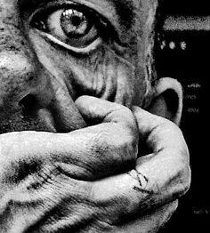Photographer Brett Walker {Part portrait photography, eye, old man, guy… Hand Photography, Portrait Photography, Photography Women, Black And White Portraits, Black And White Photography, We Are The World, Chiaroscuro, Interesting Faces, Photo Art