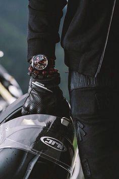 mädchen Image about girl in boys by Jenel Selina ☾°✧ on We Heart It Bike Motor, Gp Moto, Bike Photoshoot, Motorcycle Photography, Man Photography, Hommes Sexy, Biker Girl, Motorcycle Gear, Ducati