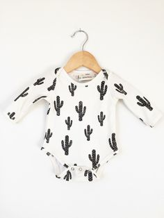 Organic baby onesie in cactus print, baby onesie, long sleeve bodysuit, organic baby clothes, baby clothes by LolaandStella on Etsy https://www.etsy.com/listing/265143650/organic-baby-onesie-in-cactus-print-baby