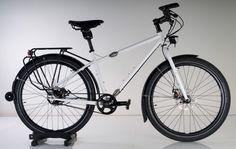 Surly Troll Trohloff Touring Bike 01