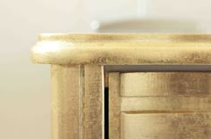 Modern gold nightstand Concepts — Homes by Ottoman Furniture Makeover, Cool Furniture, Painted Furniture, White And Gold Nightstand, Modern Rustic, Modern Contemporary, Concept Home, Vintage Pink, Antique Gold