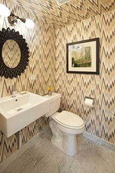 Make a tiny bath or powder room feel more spacious by swapping a clunky vanity for a pared-down basin off the floor Chevron Bathroom, Chevron Walls, Unusual Wallpaper, Graphic Wallpaper, Small Bathroom Sinks, Bathroom Ideas, Tiny Bath, Decor Pad, Powder Room Design