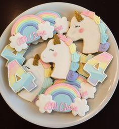 Rainbow Unicorn Cookies & One Dozen by ShopCookieCouture on Etsy Rainbow Unicorn Party, Unicorn Themed Birthday Party, Rainbow Birthday, Unicorn Birthday Parties, Birthday Party Themes, 2nd Birthday, Rainbow Cupcakes, Birthday Ideas, Birthday Pictures