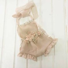 Luxury Baby Clothes, Vintage Baby Clothes, Baby Kids Clothes, Baby Girl Romper, Little Girl Dresses, Baby Dress, Girls Dresses, Newborn Outfits, Kids Outfits