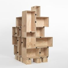 DIY Plywood Box Display Main and DIY store fixtures page Craft Fair Displays, Store Displays, Window Displays, Retail Displays, Display Windows, Wood Display, Display Shelves, Display Ideas, Display Boxes