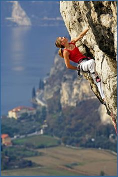 Rock Climbing Photographs of Arco in Italy Climbing Girl, Sport Climbing, Ice Climbing, Mountain Climbing, Mountain Biking, Parkour, Arco Italy, Trekking, Photo Vintage
