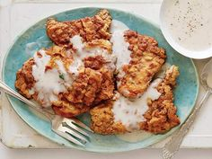 I <3 Alton Brown! --> Chicken Fried Steak Recipe : Alton Brown : Food Network - FoodNetwork.com