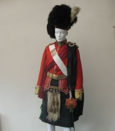 Argyll and Sutherland Highlanders, Officer