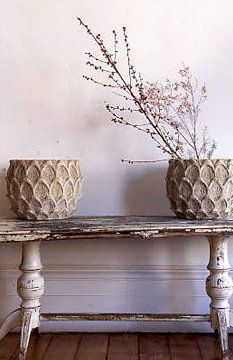 love this distressed table and base ...