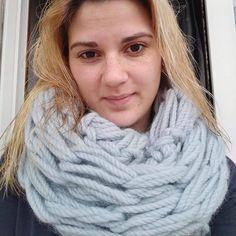 Another happy costumer!!! What is the technique that I used for this scarf? #knitagram #knittedbymachomen #knit #iloveknitting #strikk  #tricot #tricô #ravelry #rosarios4 #welovetoknit  #ig_knitter #malha #knitting  #denstrikkemannen #shareyourknit  #knitordie #knittersofinstagram #knittcafe #knittdesigner #detstrikkemannen #knitforlove #garn #malha #yarn  #shareyourknit  #knittersofinstagram  #vogueknitting #knittersininstagram #maleknitting #crochet #croche
