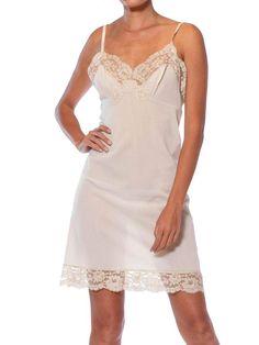 Pretty Lingerie, Lace Lingerie, Vintage Lingerie, Women Lingerie, Lace Slip, Slip On, Victorian Lace, Vintage Outfits, Vintage Clothing