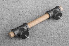 Bois & Black Pipe tiroir traction industriel rustique par BlinkLab